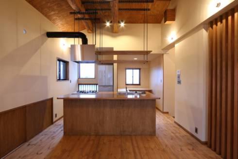木製の造作キッチン